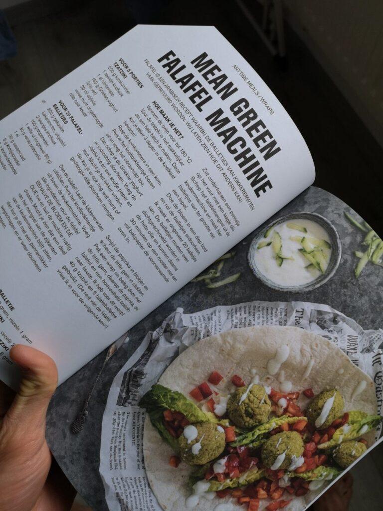 foto van een anytime meal van het boek van the recipe guide