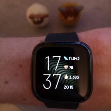 Fitbit versa 2 voorgrond uitgelichte afbeelding1