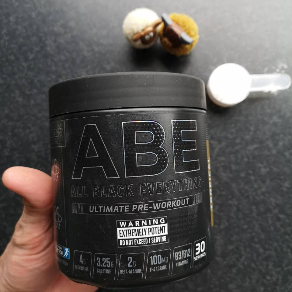 Op deze foto zie je de ABE Pre-Workout