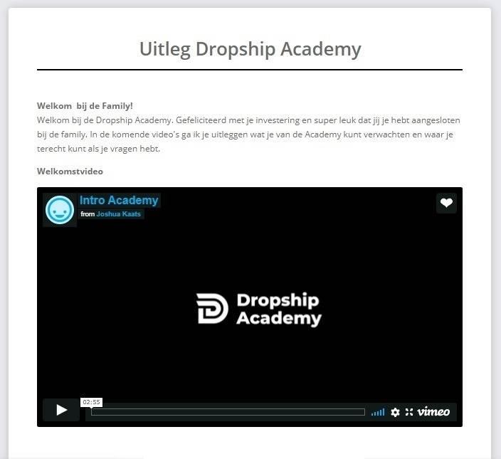 Op deze foto zie je de introductie van de Dropship Academy