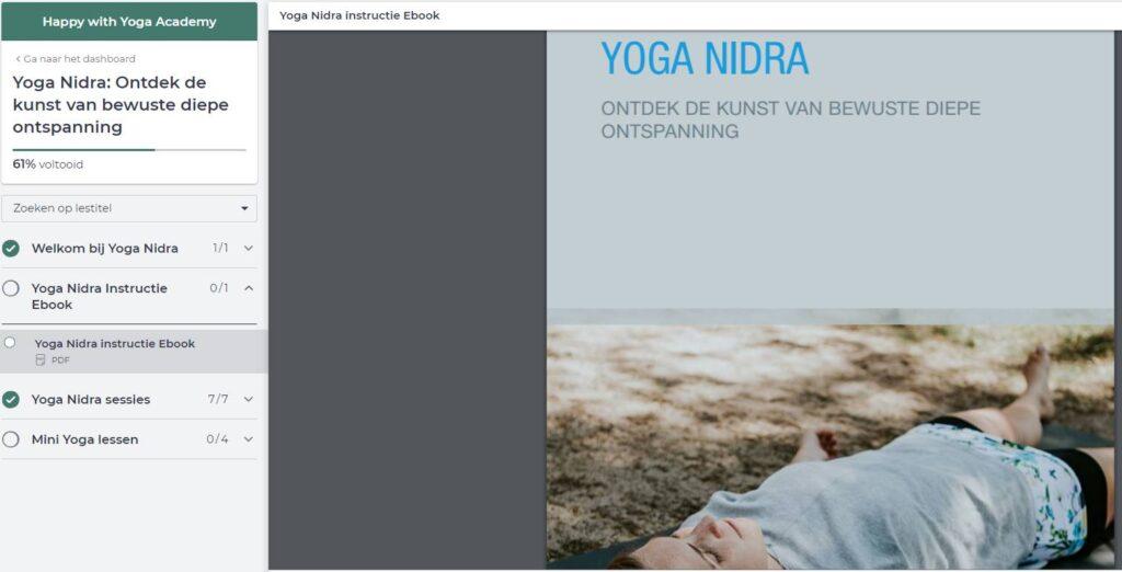 Op deze foto zie je de online omgeving van het programma Yoga Nidra
