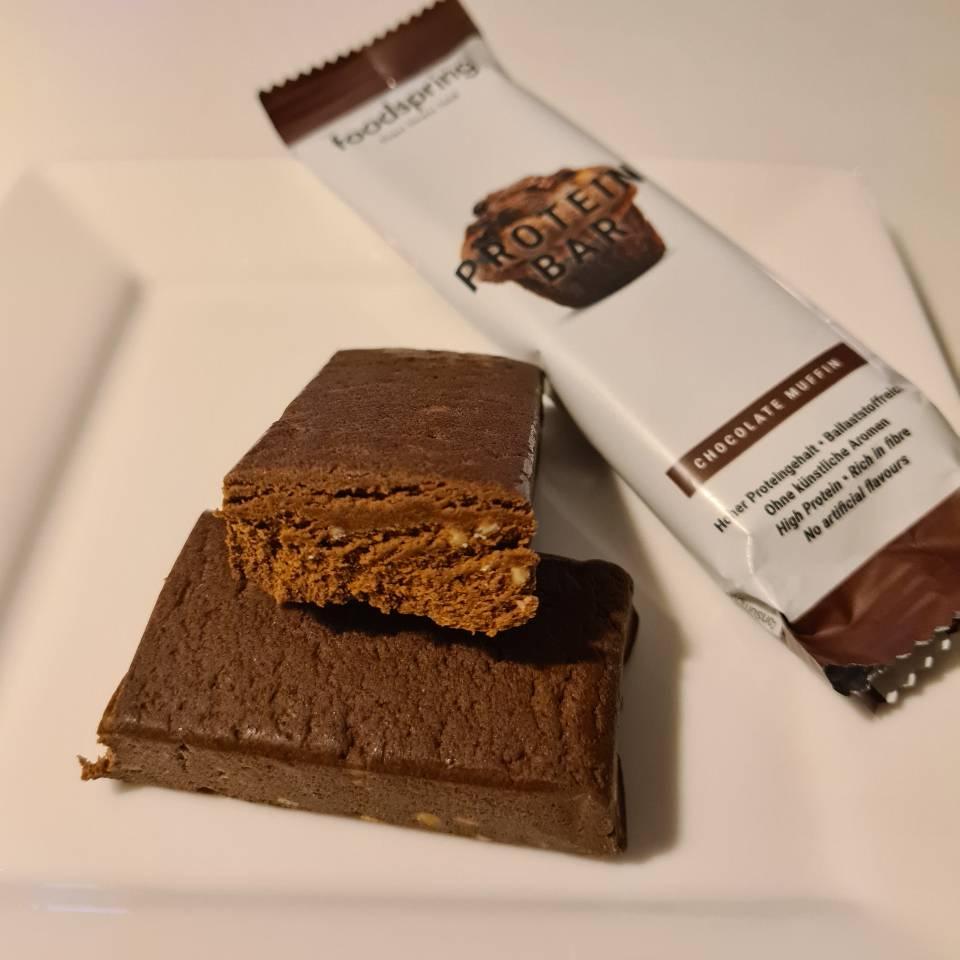 Op deze foto zie je de Protein Bar smaak Chocolade Muffin van foodspring